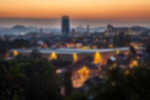 Charleroi-pendant-la-nuit.jpg