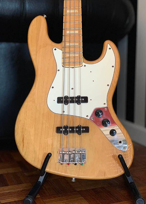 Fender JB RI 75 Japon