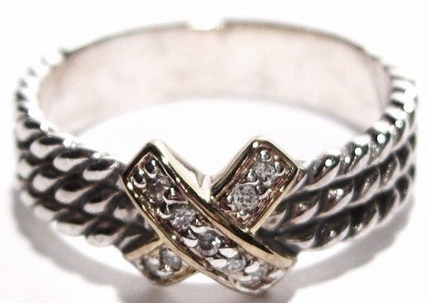 WR105 Sterling Silver Celebrity Style Cable CZ Ring