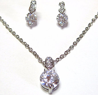 NP129 Delicate Sparkling Crystal Pendant Necklace and Earrings Set