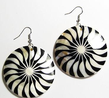 EA151 Art Deco Pattern Dangle Shell Earrings