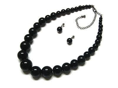 NP144 Black Glossy Graduated Bead Ball Chunky Necklace Set