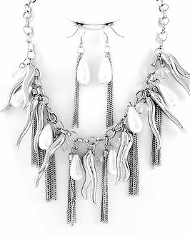 NP1106 Crystal Teardrop Pearl Chains Italian Horns Chunky Necklace Set