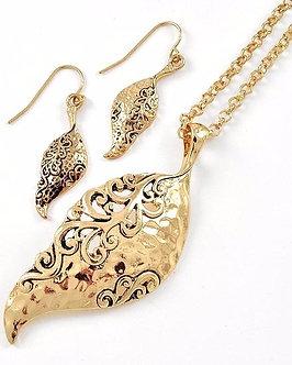 NP1115 Antique Gold Filigree Leaf Necklace Set
