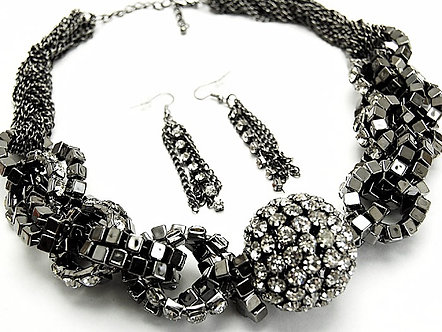 "NP926 Stunning 1.5"" Crystal Ball  Twisted Chains CZ Chunky Necklace Set"