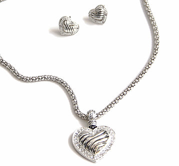 NP92 Crystal Heart 14K White Gold EP Mesh Necklace Set