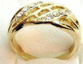 GR12 Sparkling Clear Crystals High Polish 18K Electroplate Gold Ring