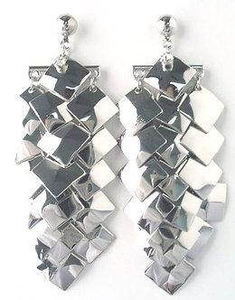 """EA17 - 2.5"""" Linear Drop Silver Chip Cascade Dangle Earrings"""