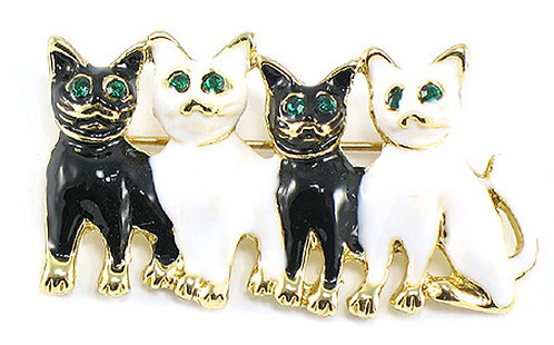 BP39 Adorable Black and White Cat Brooch