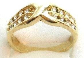 GR07 Sparkling Clear CZ High Polish 18K Gold Ring