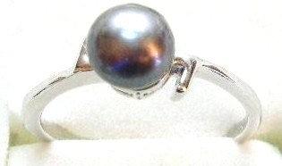 PR03 - 14K White Gold Plated Black Pearl Ring