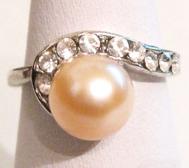 PR05 - 14K White Gold Plated Pink Pearl Ring