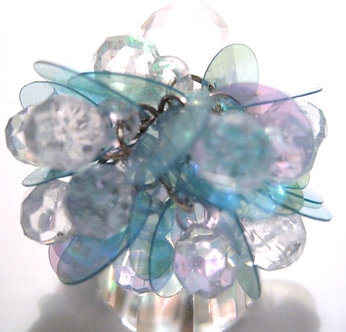 OS44 Dazzling LIGHT BLUE Sequins Beads Cluster Cha Cha Ring