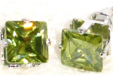 EA202 GREEN Faceted Square CZ Stud Post Earrings