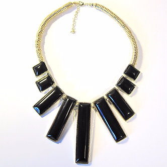 NP2011 Trendy Black Resin Geometric Figure Gold Statement Necklace