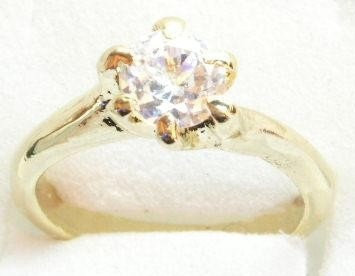 GSR12 Sparkling Clear CZ 18K Gold Solitaire Ring