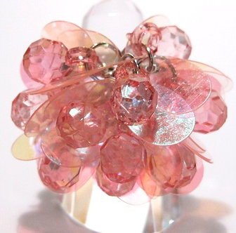 OS46 Dazzling PINK Sequins Beads Cluster Cha Cha Ring