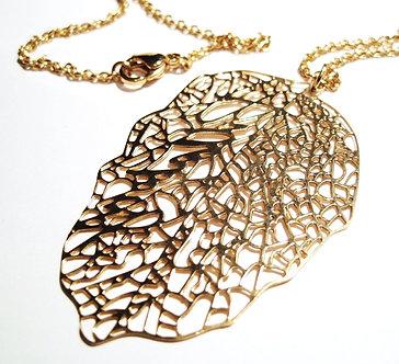 SSP8877 Gold Filigree Stainless Steel Leaf Chain Pendant
