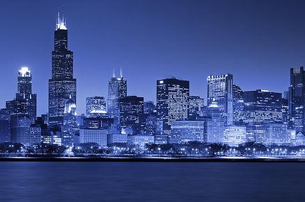 Chicago skyline at night.jpg