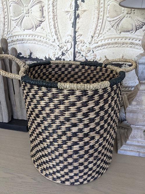 Round Black/Natural Basket