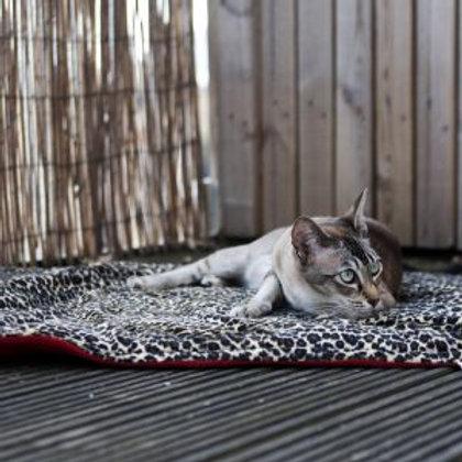 Padded Fleecy Cat Blanket