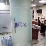 Frameless glass office partition, Debyl