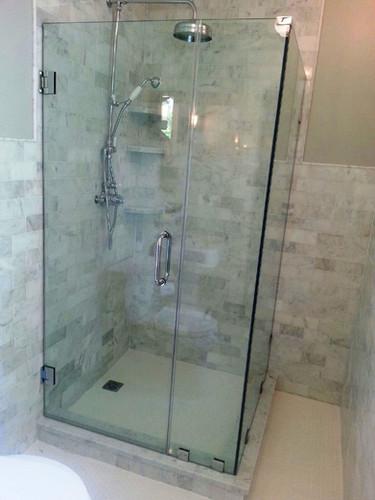 bathroom-shower-enclosure-fabmac (7).jpg