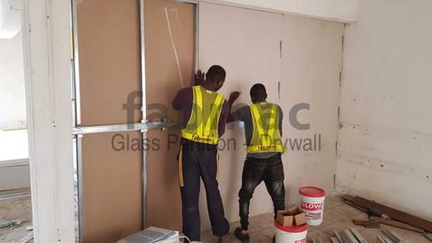 frameless-glass-drywall-partition-fabmac