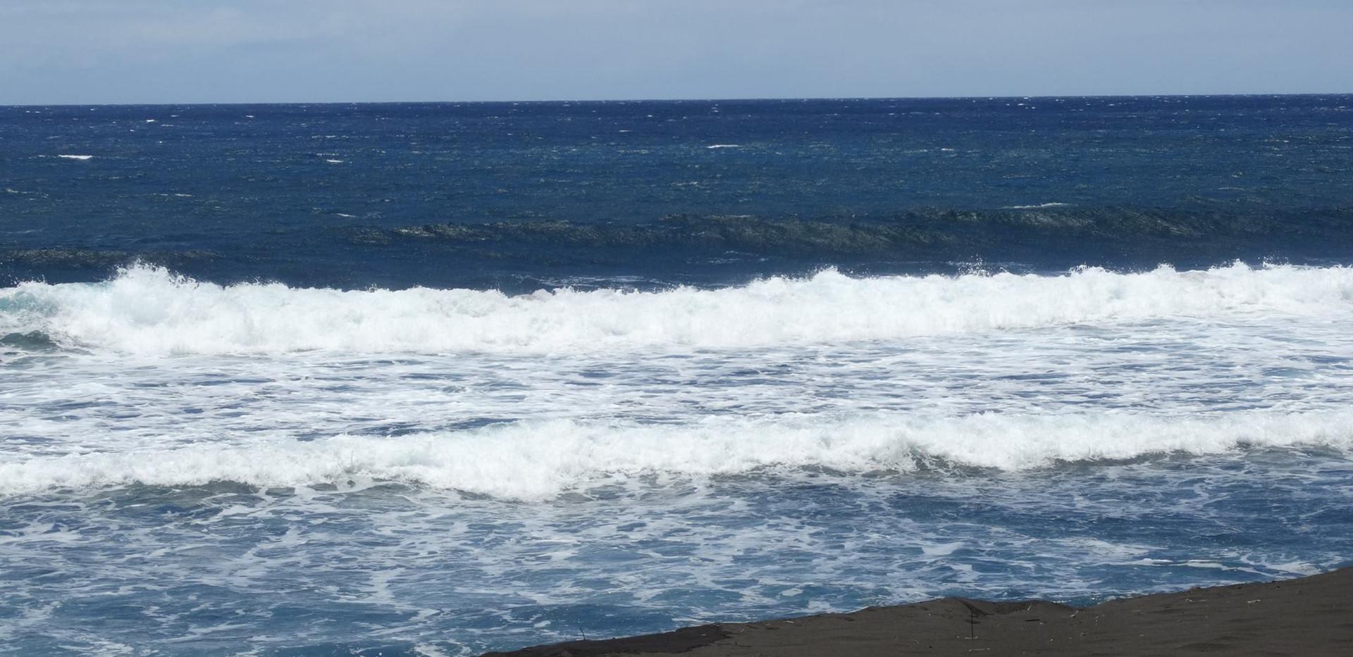 black sand 1.jpg