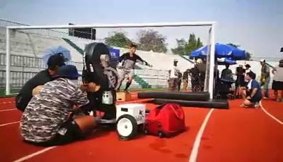 ถ่ายโฆษณาเครื่องดื่มเกลือแร่ สนามกีฬากองทัพบก (คลิป) #เครื่องยิงลูกฟุตบอล #ให้เช่าเครื่องยิงลูกฟุตบอล #thaifootballagent