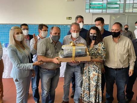 Colégios do Vale do Ivaí recebem kits de robótica