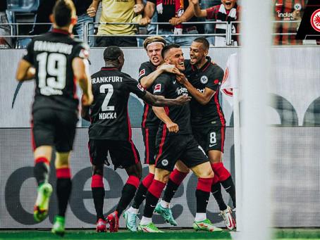 Frankfurt vence líder Bayern de Munique pela primeira vez em 21 anos