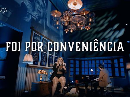 Marília Mendonça lança Foi Só Por Conveniência