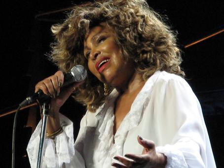 Tina Turner lança novo clipe de clássico dos anos 80