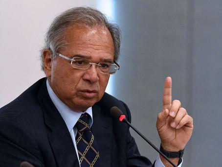Guedes admite que governo não tem recursos para manter Auxílio Brasil permanente