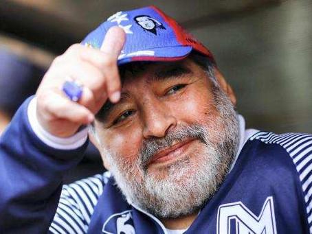 Maradona passará por cirurgia no cérebro nesta terça-feira