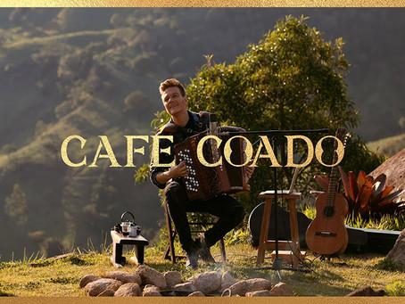 "Michel Teló sobe ""Café Coado"" nas plataformas"