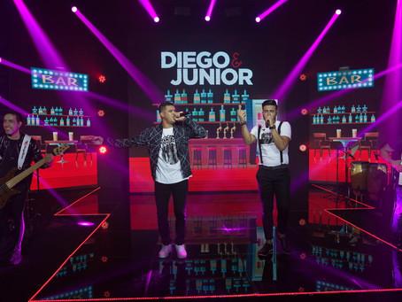 Diego e Junior vem conquistando o Brasil