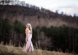 KelseyFarnhamPhotography-www.kelseyfarnham.com-fieldmountainsmaternity-SouthCarolinaGreenville-2