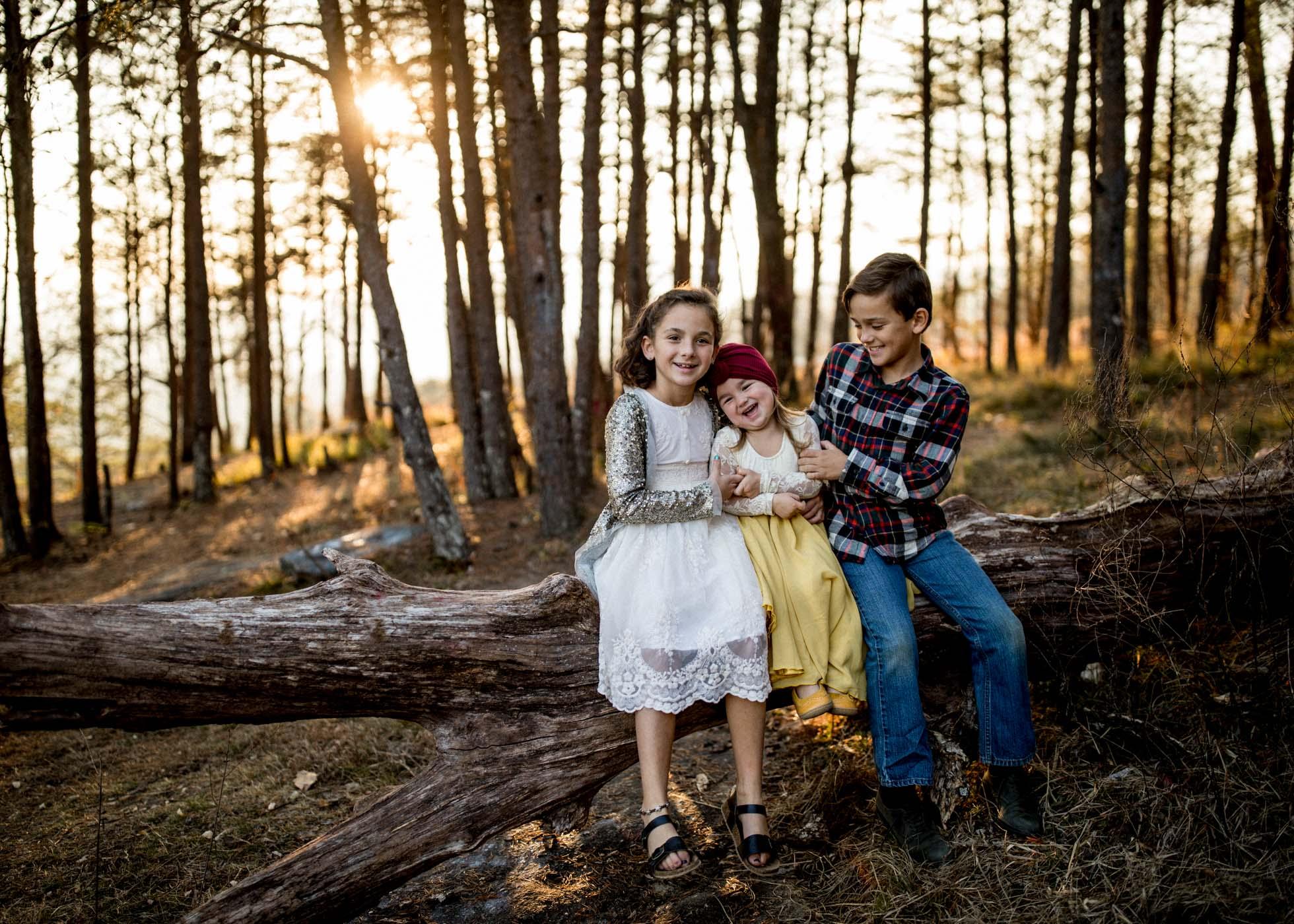 KelseyFarnhamPhotography-www.kelseyfarnham.com-BaldRocksunsetfamilykids-SouthCarolinaGreenville-2