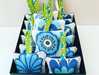 groovy flower lavender bags