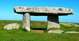 04e9e240f2_109547_megalithe-dolmen.jpg