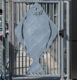 port-customs-gate-377