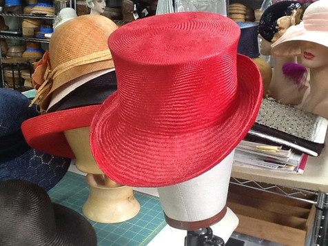 Red Straw Top Hat