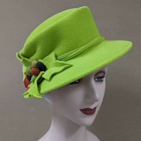 Leaf Topper - lime green velour with fel