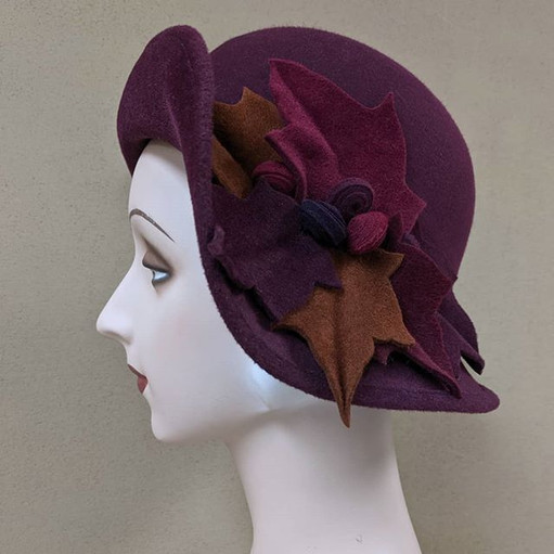 Adele Cloche - Bordeaux velour felt with