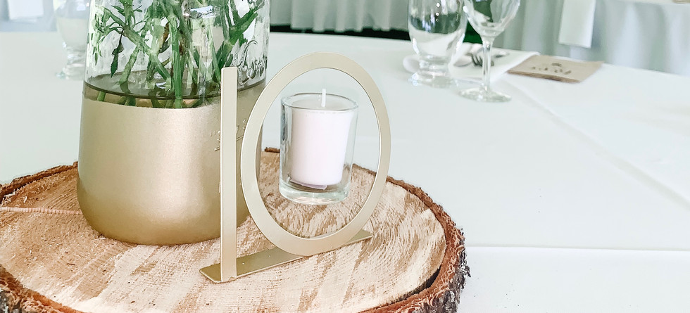 Gold Table Numbers & Wooden Rounds