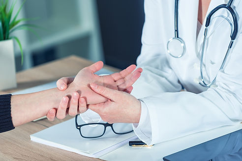 Maple Primary Care | Dr. Manvinder Kainth | Plano, Dallas, Frisco, Carrollton, The Colony, Addison, Richardson, Lewisville, Coppell, Farmers Branch, Garland | Direct Primary Care — Orthopedics and Joint Pain