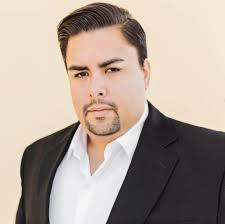 Ray Gonzalez, tenor