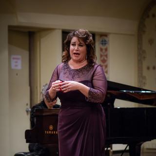 Jacqueline Quirk , soprano